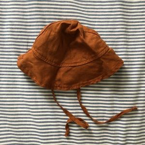 Fin and Vince sun hat size 3-6m